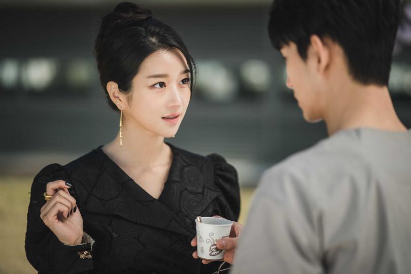 女主角由徐睿知擔綱演出。(圖/Netflix提供)