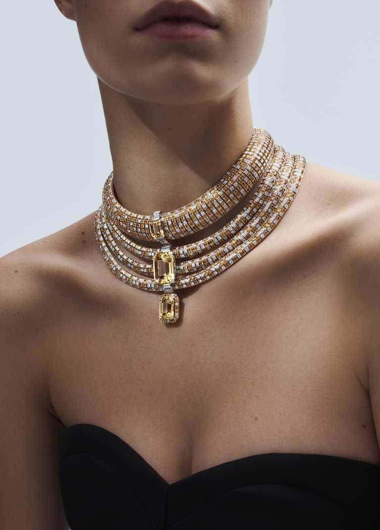 LOUIS VUITTON「Stellar Times」系列高級珠寶,「Soleils」白金鑽石黃色藍寶石項鍊╱黃色錫蘭藍寶石,各別8.48克拉、14.52克拉和35.38克拉╱價格店洽。(圖╱LOUIS VUITTON提供)