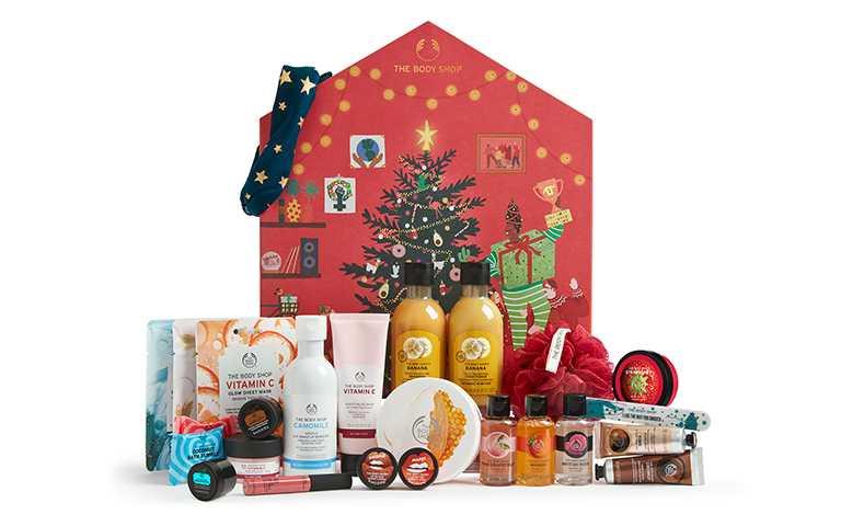 THE BODY SHOP紅色耶誕繽紛小屋倒數月曆豪華版(新光三越限量獨家)/NT5,800。(圖/THE BODY SHOP提供)