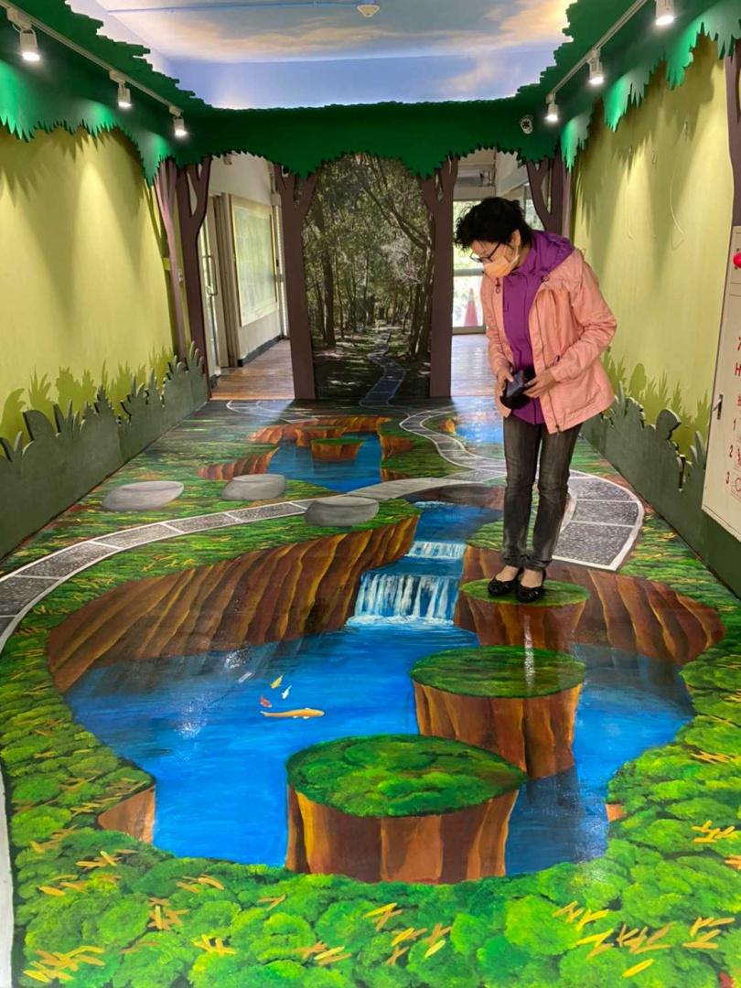 3D彩繪歷史走廊。