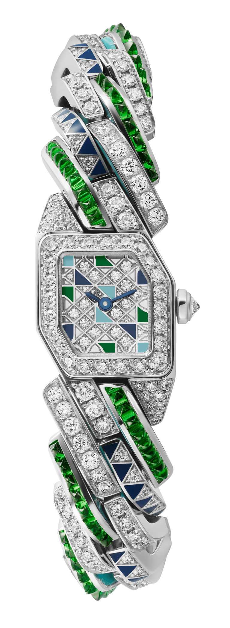 CARTIER「Maillon de Cartier」系列腕錶,白K金款,限量20只╱3,490,000元。(圖╱CARTIER提供)