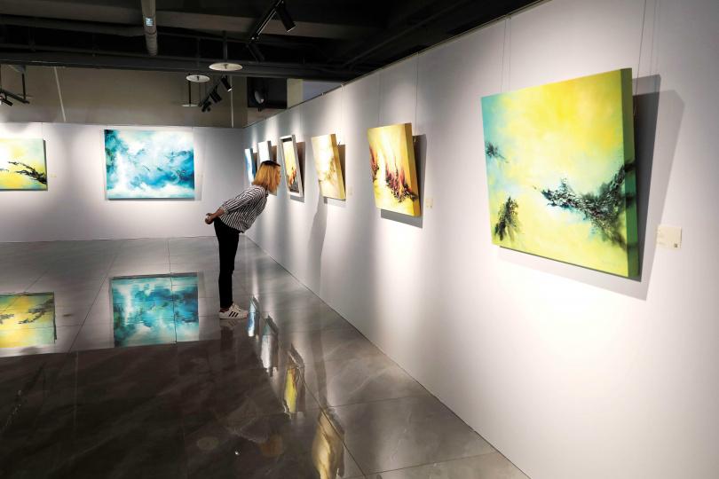 「滬尾故事館」提供台灣藝術家一處表現自我的展覽空間。(圖/于魯光攝)