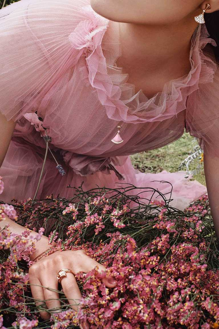 BVLGARI「Divas' Dream系列」七夕限定款,粉紅蛋白石、粉紅剛玉與鑽石項鍊╱119,500元。(圖╱BVLGARI提供)