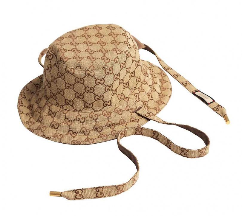 GUCCI GG帆布及尼龍雙面帽/價格店洽。今年初入手的帽子,夏和熙沒料到《全明星運動會》同隊的胡宇威也有這頂帽子。(攝影/彭子桓)