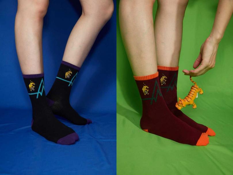 以美軍軍徽圖騰為靈感結合針織刺繡工藝打造「CONNECTION」系列印花襪