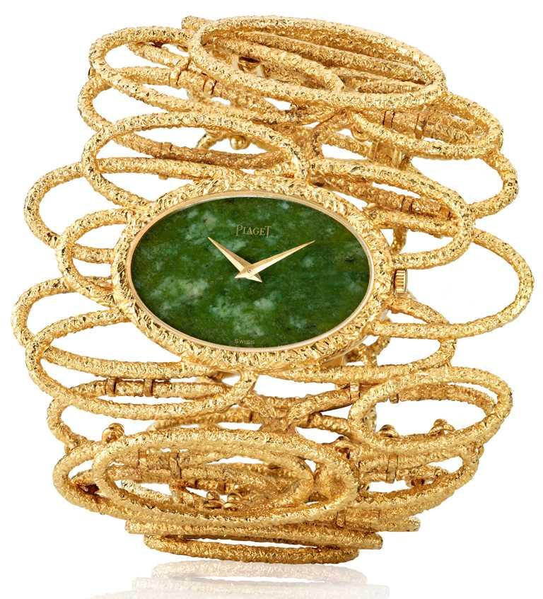 製作於1971年,曾為伊莉莎白泰勒收藏,黃K金錶殼搭配翡翠錶盤,搭載伯爵傳奇9P手動上鏈機芯。(圖╱PIAGET提供)