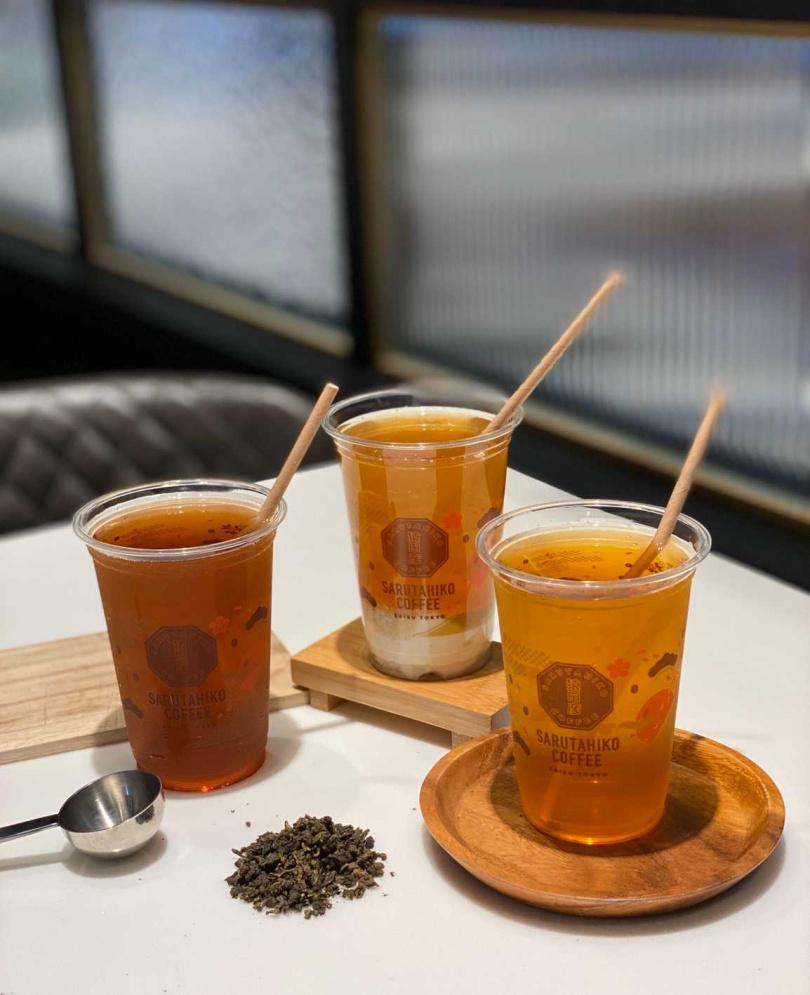 被譽為「茶中的紅寶石」所泡製而成的「鹿野紅烏龍冷泡茶」,茶質醇厚且具成熟果香及水蜜桃酸甜。(圖片提供/猿田彥珈琲)