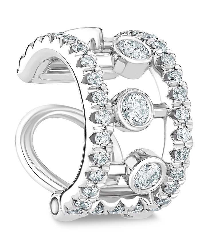 DE BEERS「Dewdrop」白金鑽石耳骨夾╱50,000元。(圖╱DE BEERS提供)