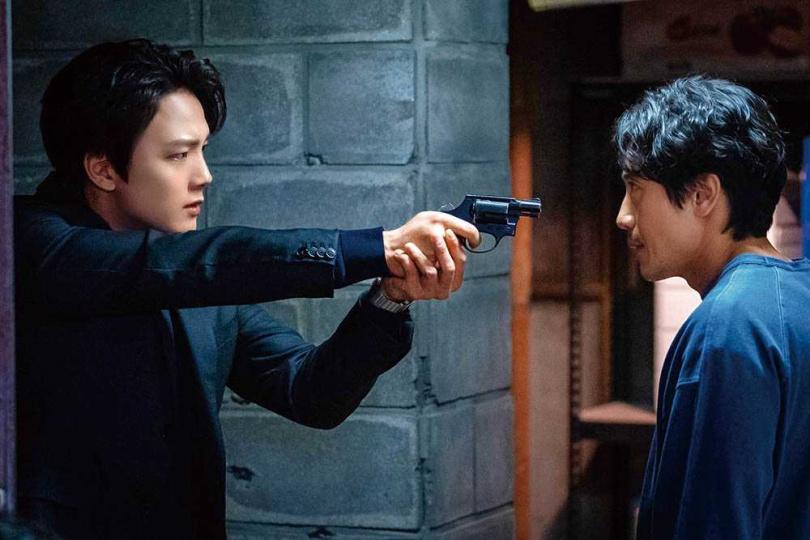 劇中呂珍九與前輩申河均常起衝突,讓他相當苦惱。(圖/friDay影音提供)