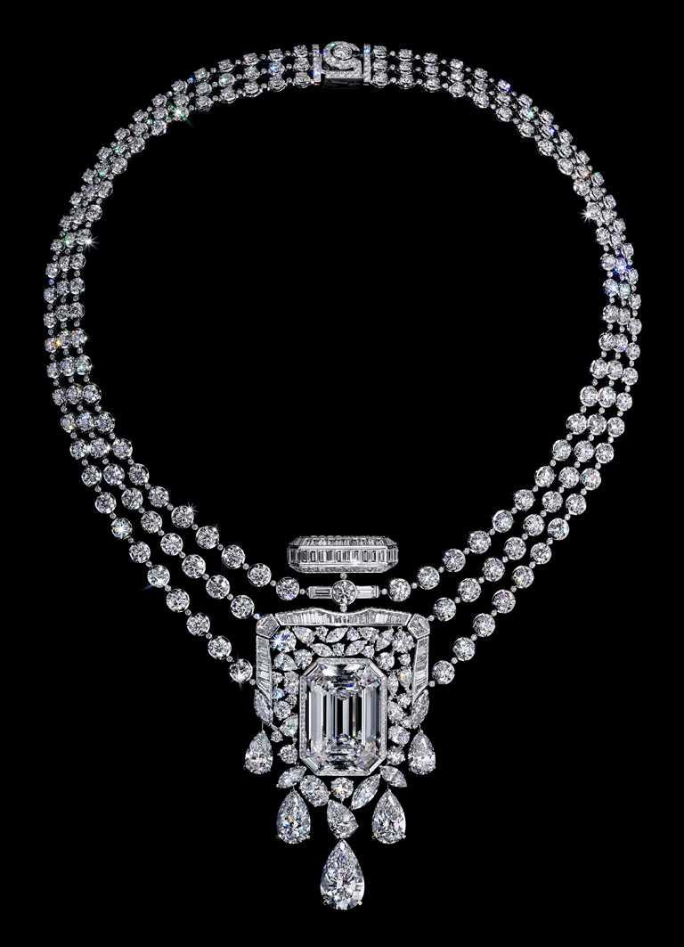 CHANEL「N°5」系列頂級珠寶,55.55項鍊╱品牌典藏非賣品。(圖╱CHANEL提供)