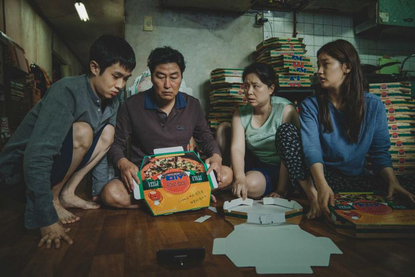 《寄生上流》突破韓國影史紀錄,在奧斯卡入圍了6項大獎。(圖/CatchPlay提供)