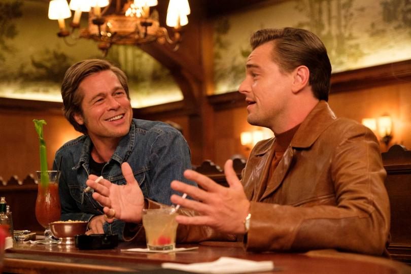 《從前,有個好萊塢》中,李奧納多狄卡皮歐與布萊德彼特兩大好萊塢男神首度在大銀幕同框,入圍了10項獎項。(圖/双喜提供)