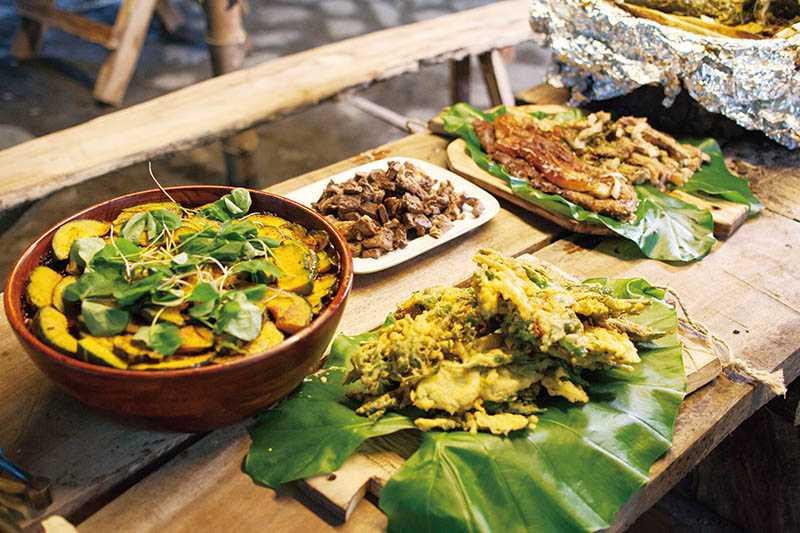 經過大廚媽媽巧手料理的部落美味,取材都來自當地。