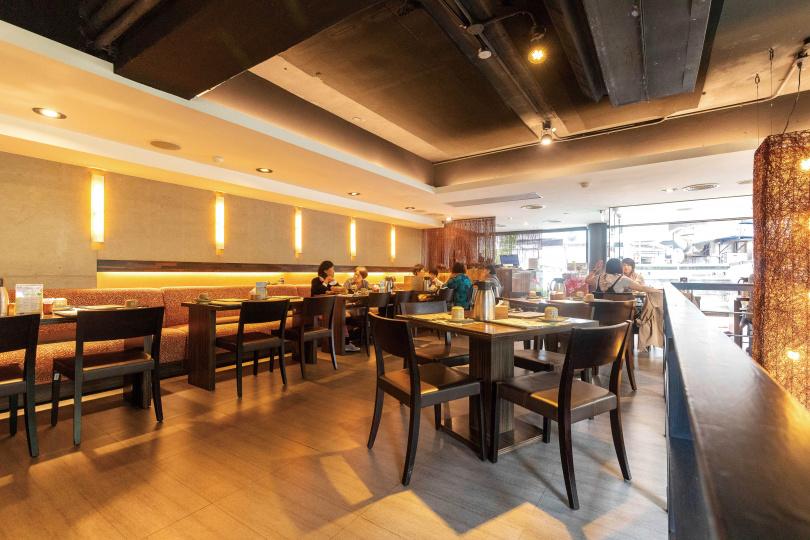 「寬心園」的空間,以中國禪風為主,希望來到這裡的客人都能寬心怡情。(圖/焦正德攝)