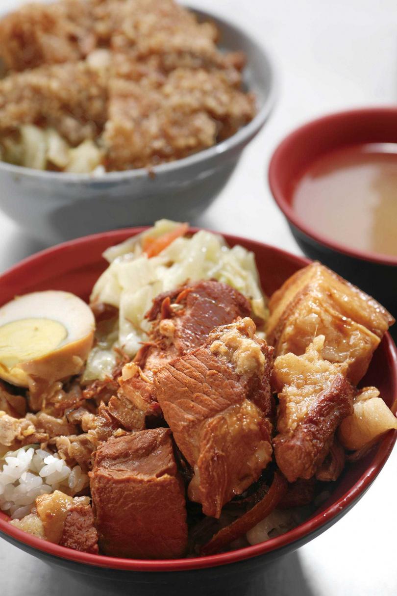 滷得入味的焢肉,肥瘦各半,擁有獨特豆瓣醬香。(80元)(圖/于魯光攝)