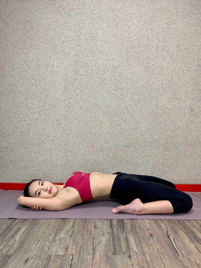 蔡詩羽平常會在家做瑜伽。(圖/達騰娛樂)