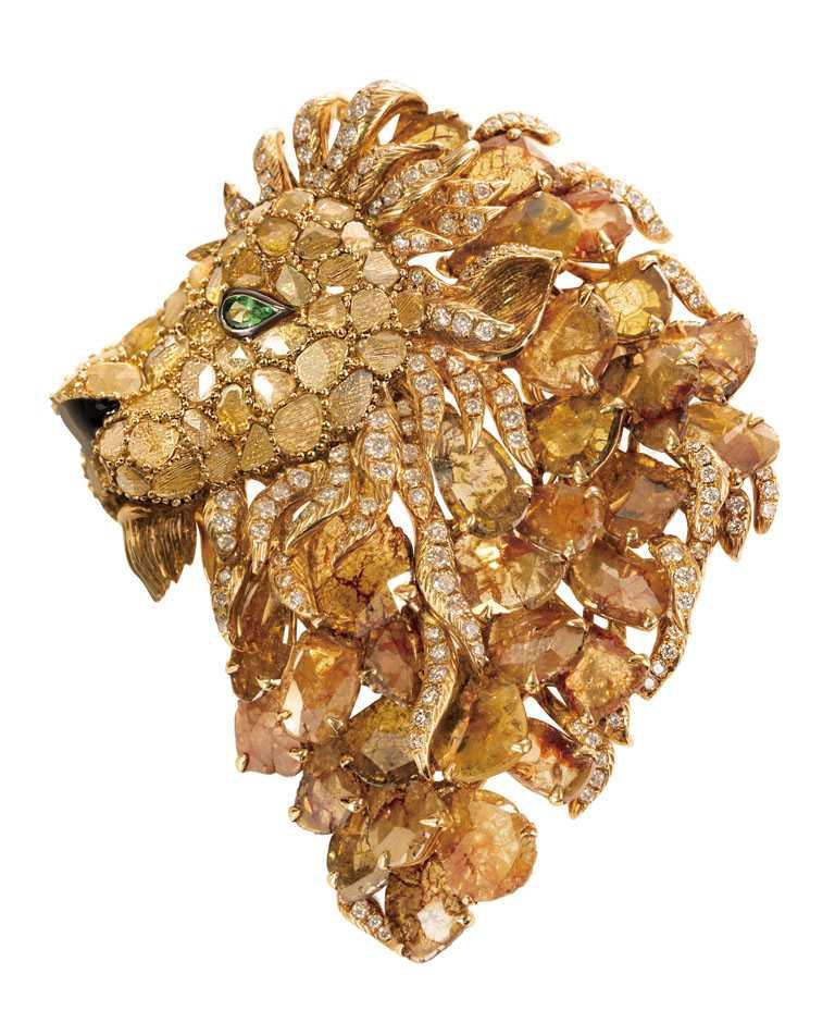 JHENG Jewellery「極致鑽片系列」王者風範1號作品╱1,738,000元。(圖╱JHENG Jewellery提供)