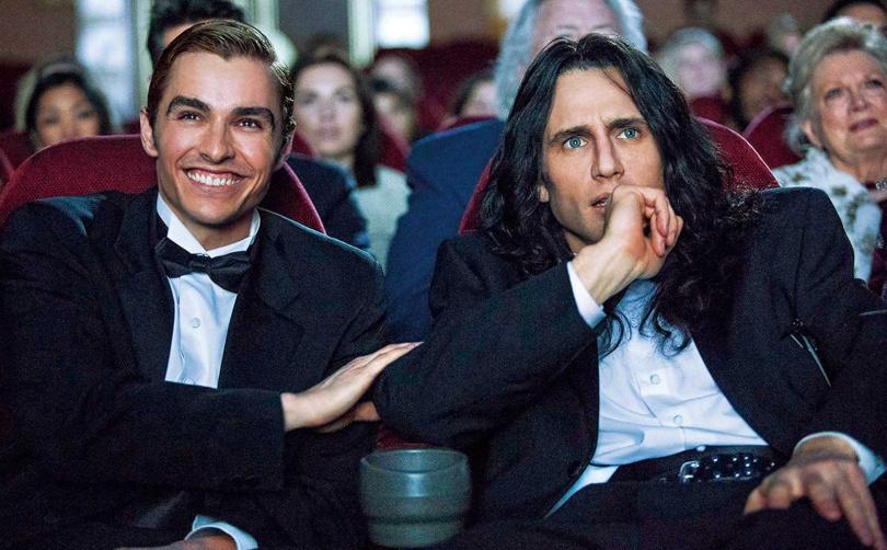 3年前,戴夫法蘭科(左)曾演出哥哥詹姆斯法蘭科(右)自導自演的電影《大災難家》,如今換他執導演筒。(圖/華納兄弟提供)