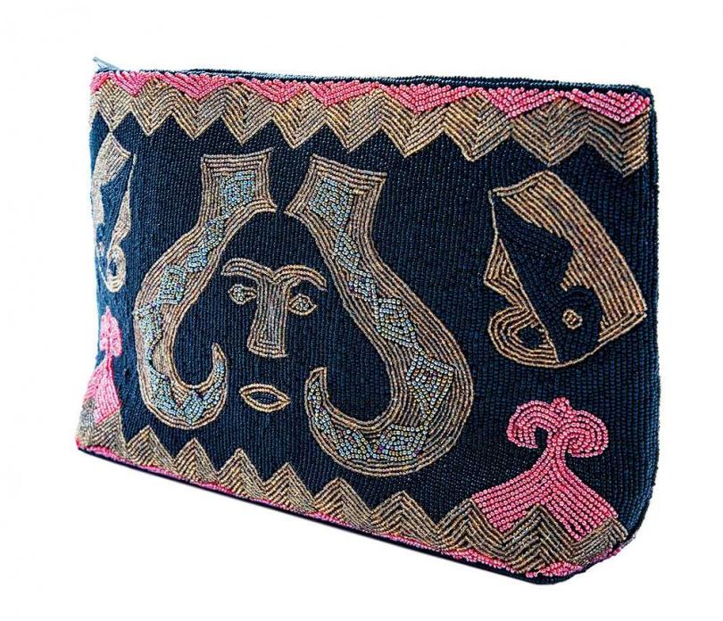 Vintage 復古刺繡手拿包/已絕版(攝影/莊立人)