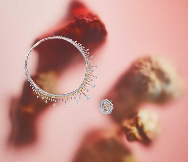 DE BEERS「Reflections of Nature」系列高級珠寶,Motlatse Marvel鑽石項鍊╱29,650,000元;圓牌鑽石戒指╱5,500,000元。(圖╱DE BEERS提供)