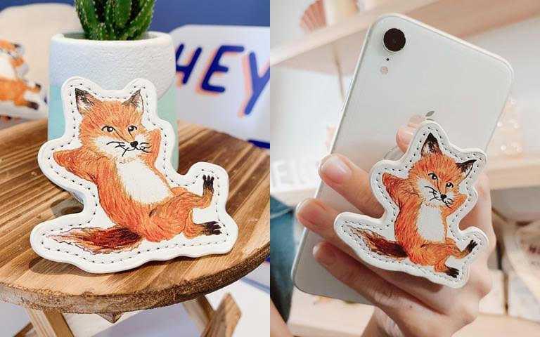 LANEIGE*Maison Kitsune NEO型塑霧感氣墊+小狐狸限量聯名手機支架/1,750元  11/11起忠孝SOGO蘭芝專櫃獨家限量販售。(圖/吳雅鈴攝影)