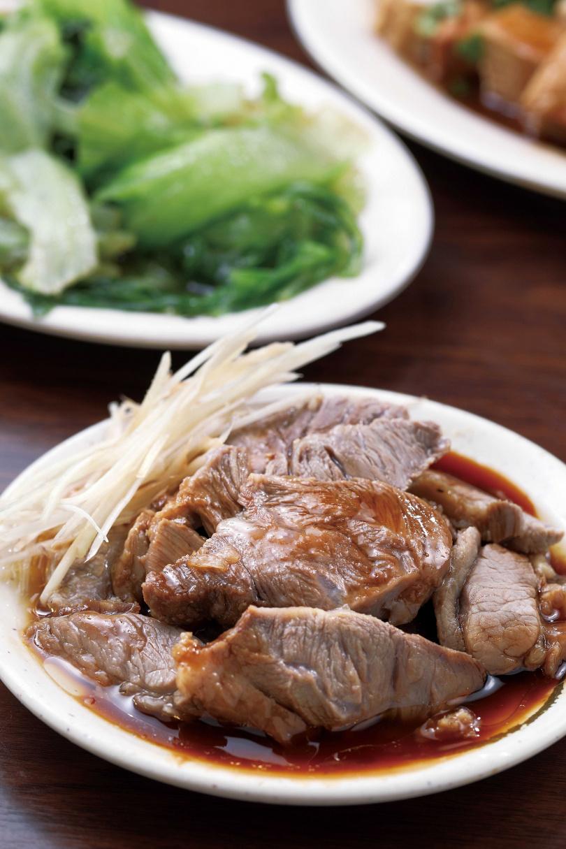 新鮮未經冷凍的「嘴邊肉」,肉味濃郁。(55元/份)(圖/于魯光攝)