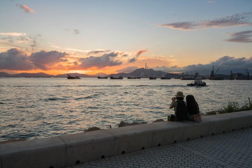 藝術公園和海濱長廊是西九文化區欣賞日落的絕佳地點。(圖/香港旅遊發展局提供)