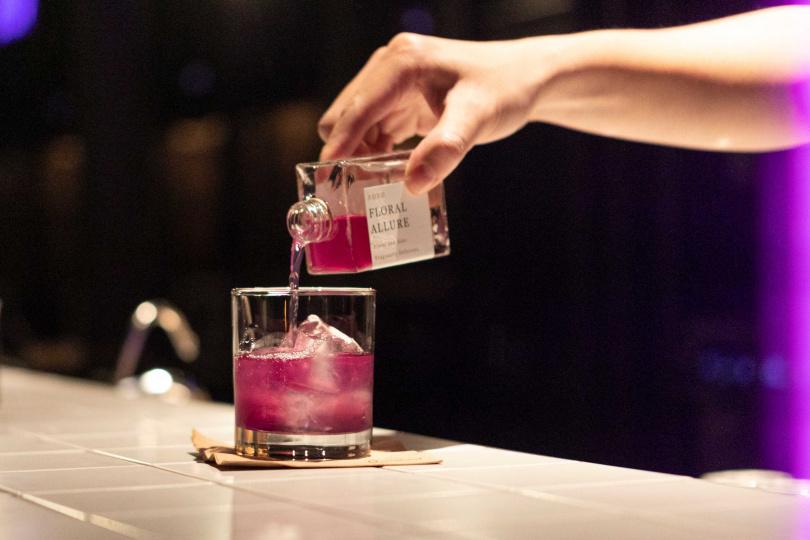 酸甜的「花香調」是八款調酒中較溫和的一款,可由此入門。(280元,圖/林士傑攝)