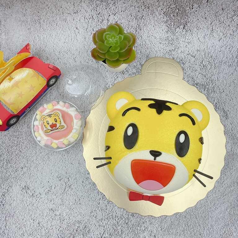 「巧虎活力款」則有卡哇伊的巧虎大頭造型,是以香草戚風蛋糕為底,讓人捨不得吃。(499元)