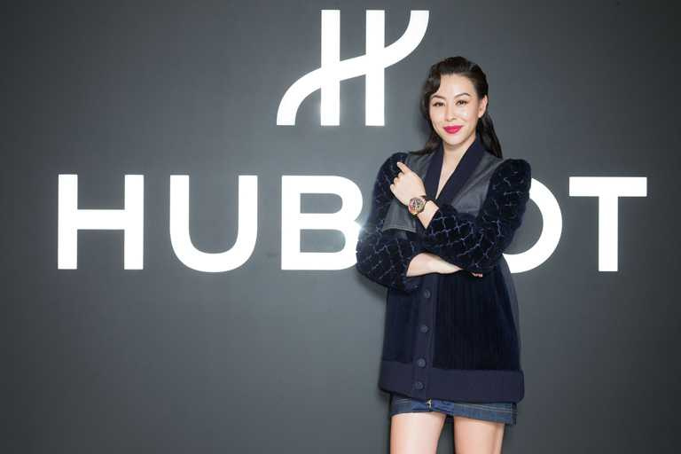蔡詩芸以亮眼紅唇搭配復古髮型,亮麗詮釋HUBLOT宇舶錶奢華摩登的品牌特性。(圖╱HUBLOT提供)