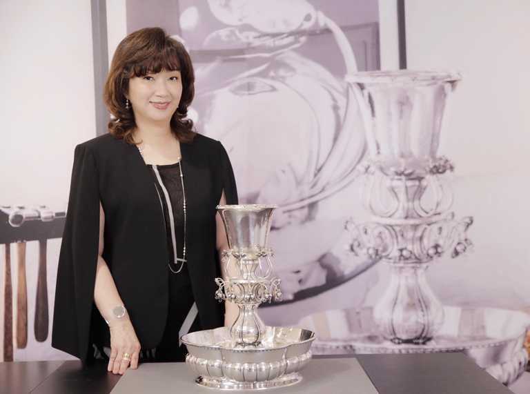 台灣GEORG JENSEN董事總經理張正勳女士,為《2020秋冬銀雕藝作新品鑑賞會》親臨揭幕。(圖╱GEORG JENSEN提供)