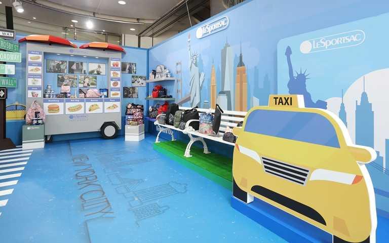 即日起至10月4日於台北忠孝SOGO百貨一樓圓形廣場設立LeSportsac探索紐約期間限定Pop-UpStore。(圖/LeSportsac)