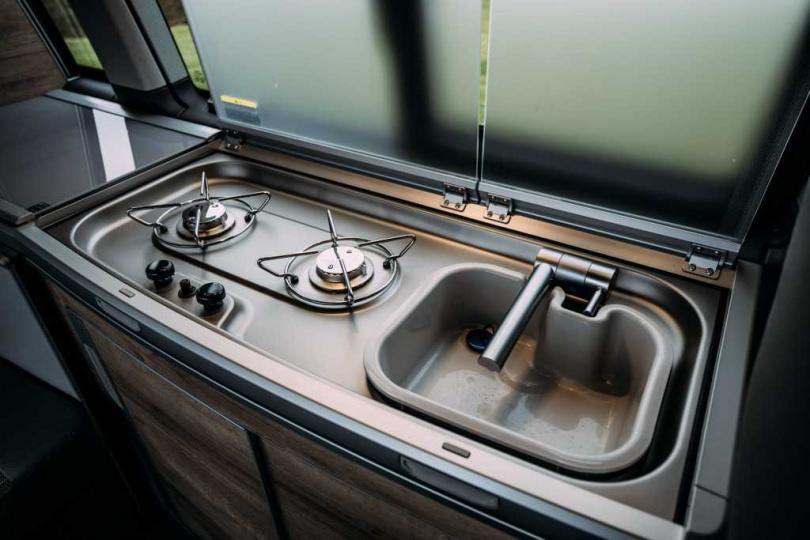 備有炊具及流理台方便出遊使用。
