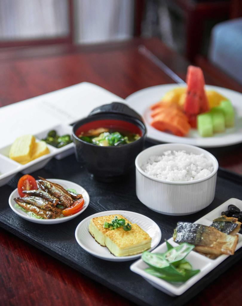 入住即提供「room service早餐(日式)」。