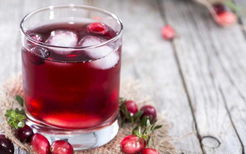 想喝蔓越莓果汁來改善私密處異味,小心越喝反而變越胖>_<!(圖/翻攝網路)
