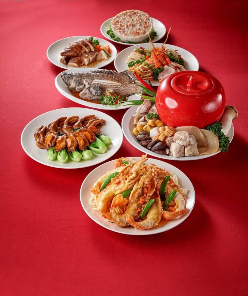 圖為「珍珠坊」推出的六人份年菜。