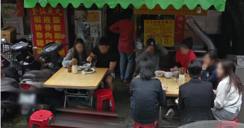 位在台北民生社區的民生炒飯,2013年獲選全台最美味炒飯,在那之後每到用餐時間總是大排長龍。(圖/翻攝自Google Map)