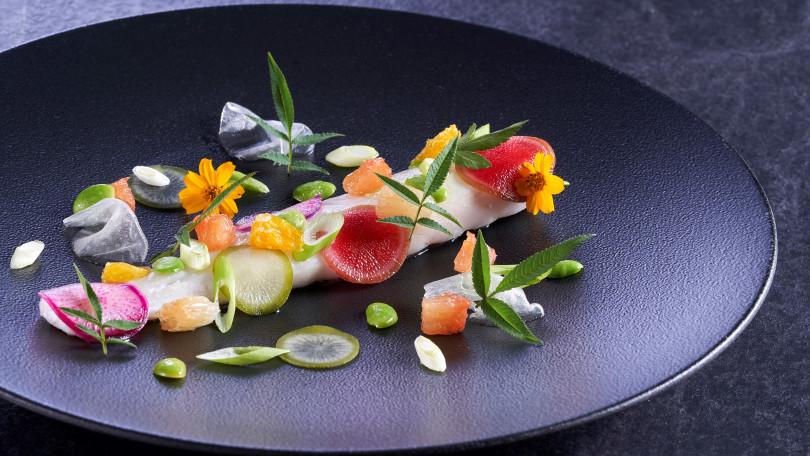 歲末年初客座為米其林名廚Philippe Labbé,料理交融東西美學。(圖/Chefs Club Taipei)