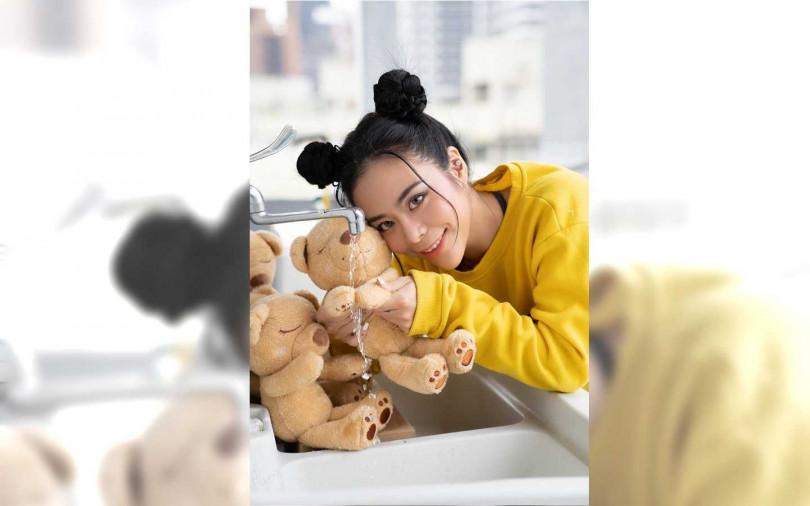夏沐僅用36小時就創作出〈洗手〉 。(圖/聲達科技音樂有限公司提供)