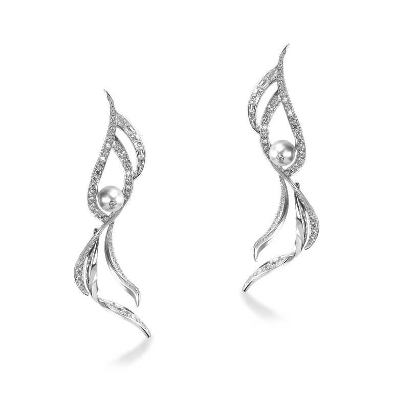 Khieng HAUTE JOAILLERIE「Entre nous系列」,雙生耳環╱1,000,000元。(圖╱Khieng Atelier提供)