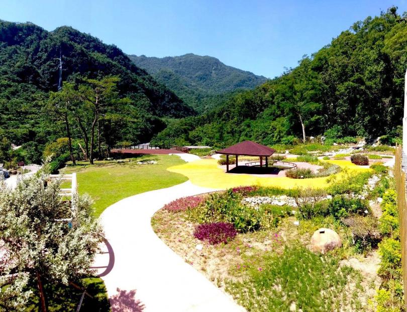 面積達300坪的「花見知本百草園」。(圖/林務局)