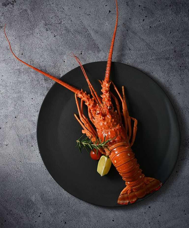 王品的「龍蝦尋人」活動,只要對中名字便可提供「法式焗烤龍蝦」,最多省下千元。
