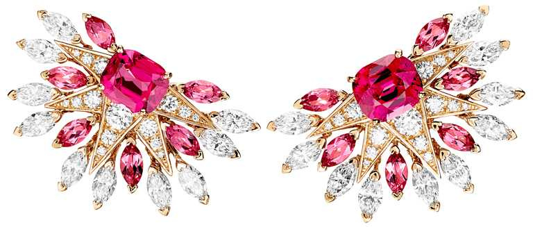PIAGET「Sunlight Escape」系列,頂級珠寶鑽石耳環╱4,100,000元。(圖╱PIAGET提供)