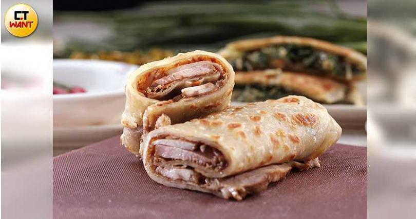 新添的生力軍「豬肉捲餅」,口味令人驚豔。(85元/捲)(攝影/于魯光)