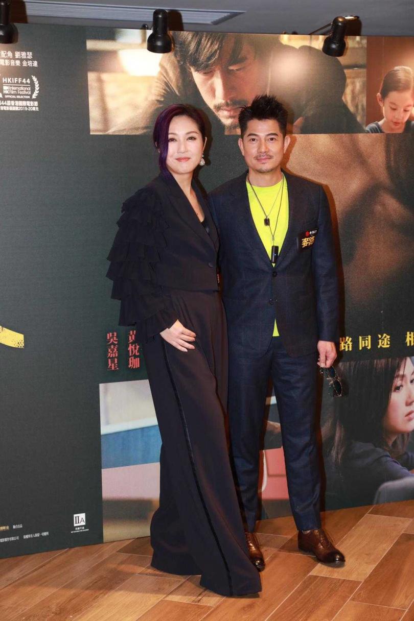 郭富城和楊千嬅14日晚間在香港出席《麥路人》首映。