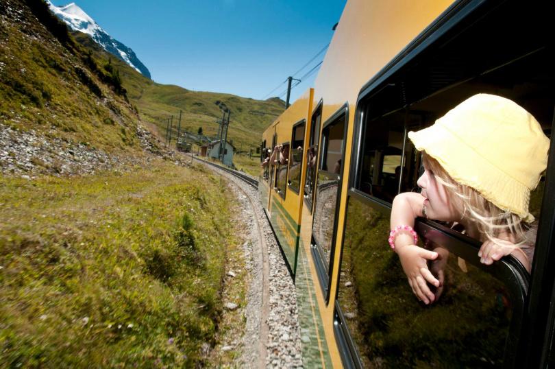 兒童出行的優惠政策也是課程內容之一。(圖/瑞士旅遊局提供)