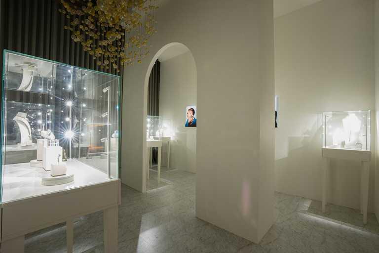BOUCHERON「Holographique」系列高級珠寶展,自9月9日至9月14日於台北晶華酒店BOUCHERON精品店展出。(圖╱BOUCHERON提供)