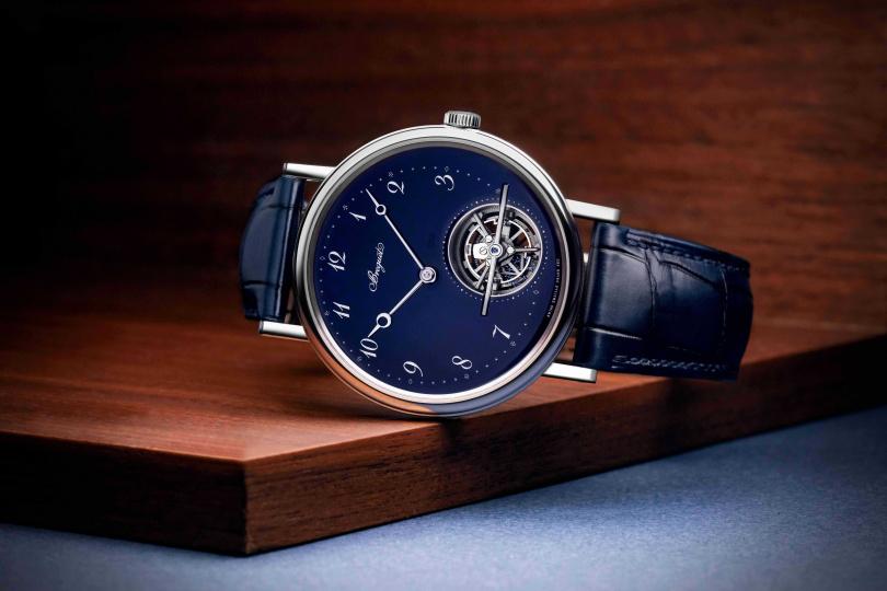 Breguet「Classique經典系列Tourbillon Extra-Plat Automatique 5395」大明火琺瑯陀飛輪腕錶╱5,218,000元。(圖╱Breguet提供)
