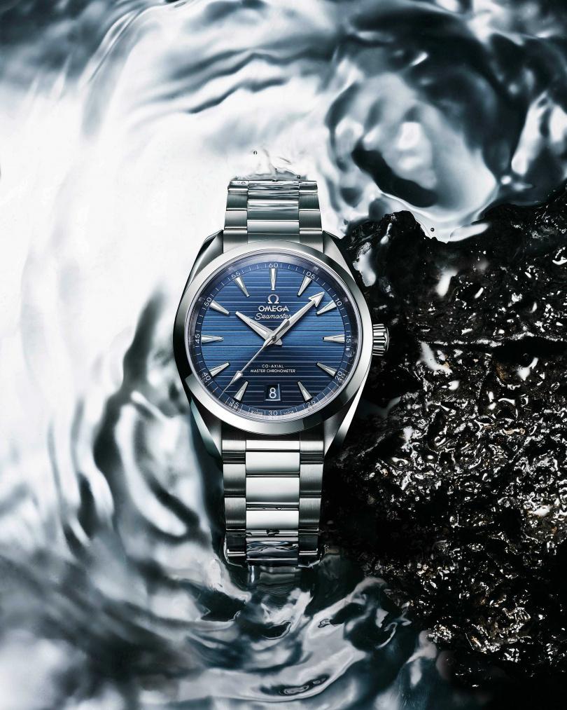 OMEGA「Seamaster海馬系列Aqua Terra」同軸擒縱大師天文台腕錶,不鏽鋼錶鍊款╱187,300元。(圖╱OMEGA提供)
