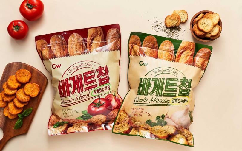 「超人氣團購零食箱」可一次吃到CW西西里風味法式麵包餅乾、CW大蒜麵包餅乾。(圖/SUN FRIEND MOUTH提供)
